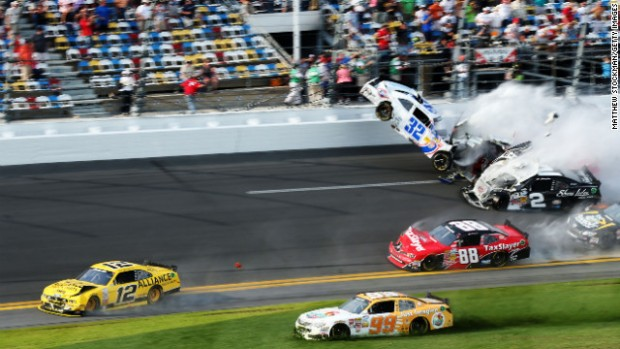 daytona_crash_2