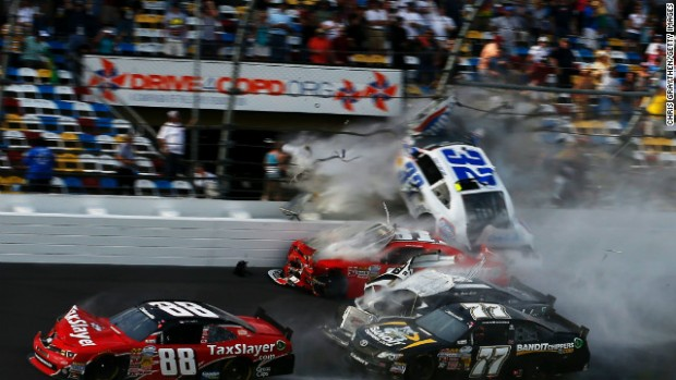 daytona_crash_3