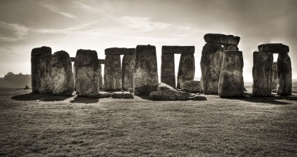 stonehenge_wallpaper_2560x1440