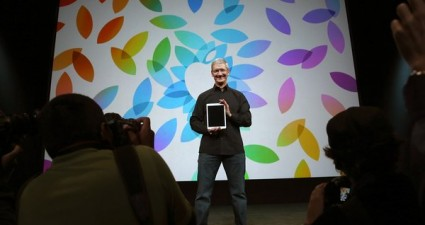 FILE: Apple Announces Quarterly Earnings Apple Unveils New Versions Of Popular iPad