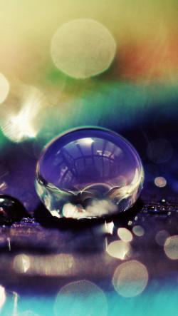 Macro-Blue-Water-Drops-250x443