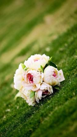 The-Brides-Bouquet-250x443