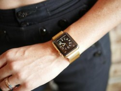Woman Apple Watch Gold